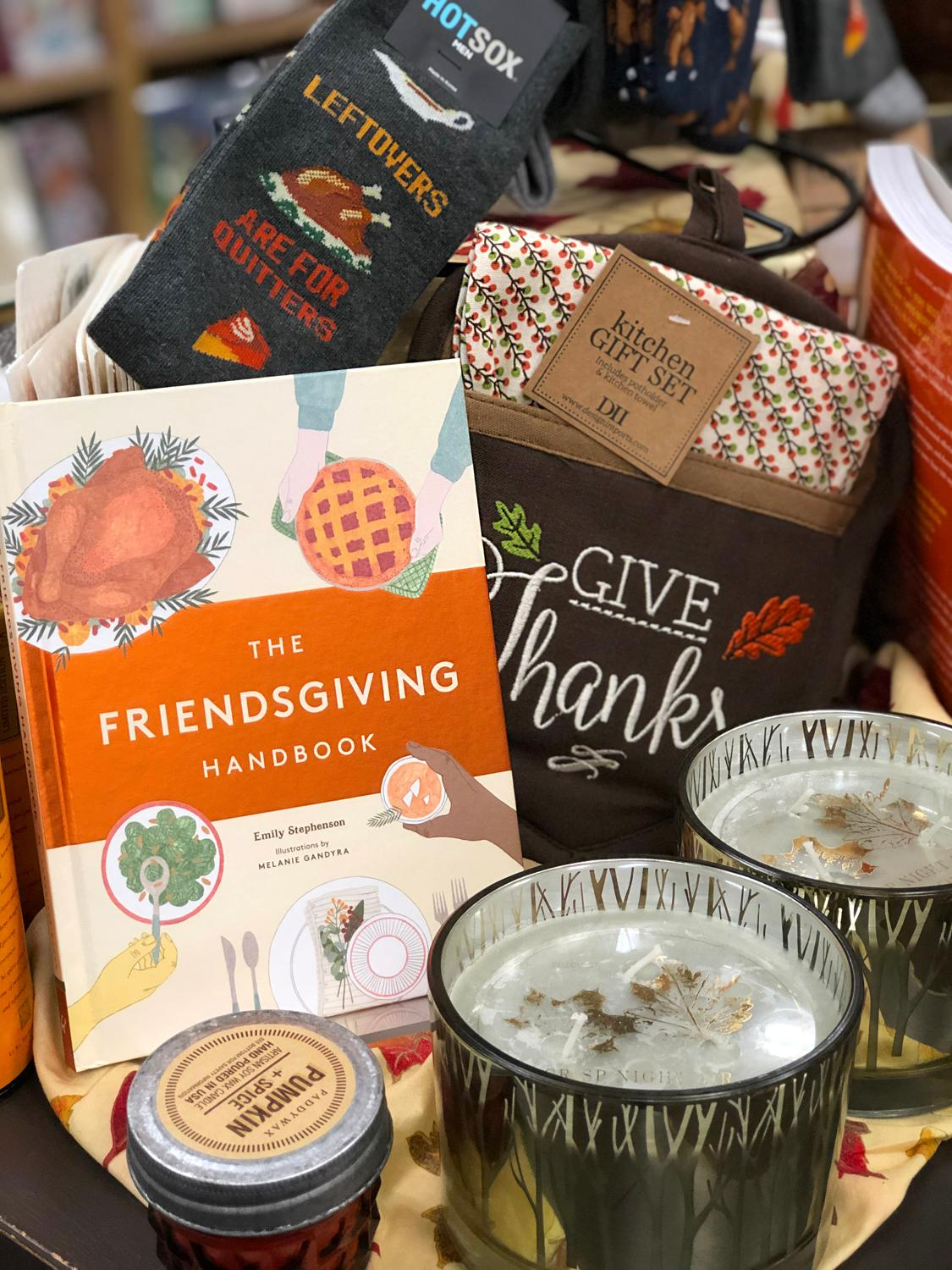 Thanksgiving cookbooks and decor